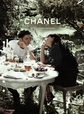These people are in love. Well, I'm in love with Chanel.