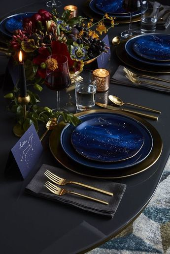 4 Holiday Colour Trends that You'll Want to Keep All Year