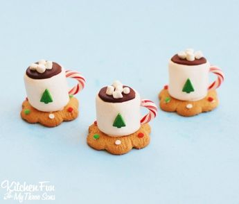 Hot Cocoa Marshmallow Cookie Cups