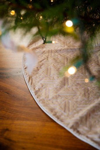 Fortuny Simboli Christmas Tree Skirt