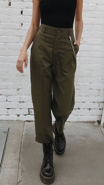 31 Teenager Fashion To Inspire Every Girl #pants #trousers #jeans #corduroy