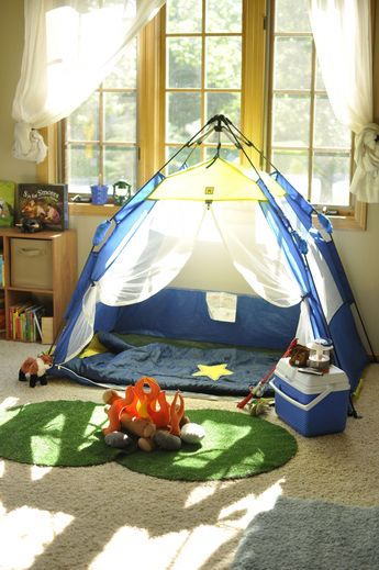 Camping dramatic play visual. DIY felt campfire- cheap! Cut artificial grass circles from Lowes' and tent from Pacific Play Tents.