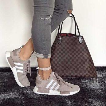 adidas-boost-with-louis-vuitton-bag- Klassische und trendige Sportschuhe www.justtren