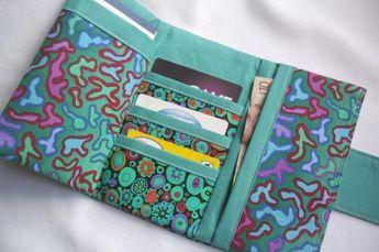 Womens Tri-fold Cash Wallet – PDF