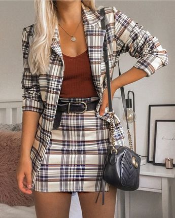 150 Fall Outfits to Shop Now Vol. 3 / 082 #Fall #Outfits Teddy Coat cute winter outfit for everyday , jacket , shirt , blue jeans , pretty purse , jewelery , adorable , fun , pretty , girl , winter snow , morning , inspiration , yay , ootd , outfit , nice , cute outfit , daytime , day , exercise , green , pretty girl, playing in the snow , happy , love , chunky knit fall sweater cute fall outfit for everyday , shirt , beautiful fall harvest , flowers , trees , pumkins , squash , wagons , farm ,