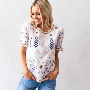 ad So much embroidered detail on this top for summer. Only $32.99. They won't last long. . #sixsistersstyle #springfashion #summerfashion #instastyle #instafashion