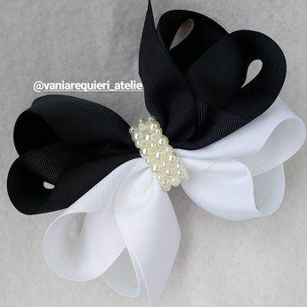 ff8fab5d37a5 Core coringas, preto e branco clássico moderno e lindooo!! #lacarotes  #laçoduplo