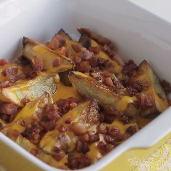 Bacon And Cheddar Potatoes