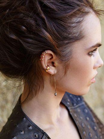 Le mélange or & argent - Piercing d'oreille : 20 idées pour ne pas se rater