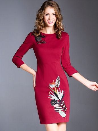 Embroidery Solid Color O-Neck Seven-Tenths Sleeves Midi Dresses