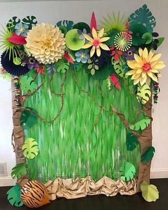 #paperflowers#paperbackdrop#jungle#craft