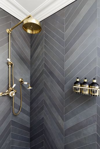Tiled shower by Gunter & Co Interiors. #uniquesmallbathroomideas