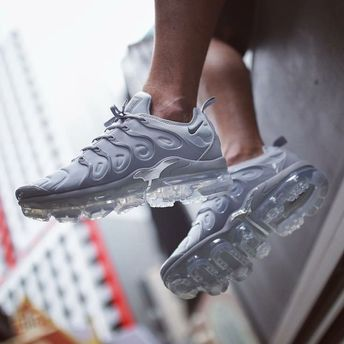 huge selection of 1b0bf 7bd54 Sneakers Nike   Nike Air Vapormax Plus