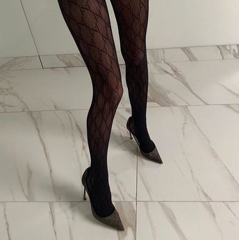 Interlocking G tights