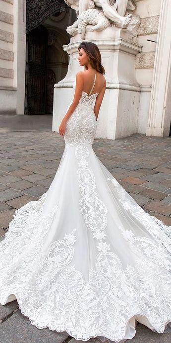Tips for Choosing Perfect Wedding Dresses!