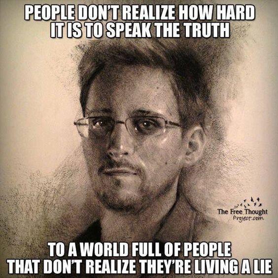 deze man heeft in mijn ogen zeer mooi aangetoont dat je het zogezegde recht op vrije menings uiting eigenlijk met een korreltje zout mag nemen. aangezien hij nog altijd niet veilig is. gewoon omdat hij de waarheid gedeeld heeft met de wereld.