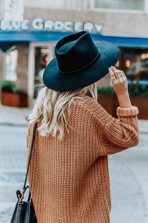 14 Stunning & casual winter outfits for date nights  - TodayWeDate.com