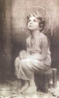 A photo taken by Blessed Charles de Foucauld (1858-1916) of the Eucharistic Jesus while it was exposed on the altar. What came out was this picture of the child Jesus.