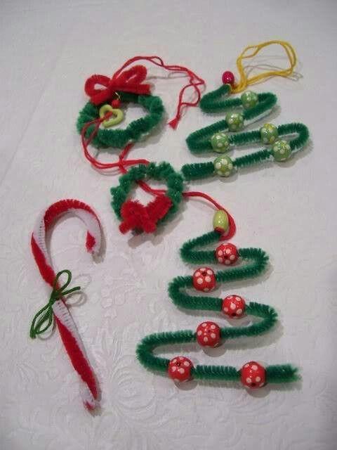 kerstversiering met kinderen maken, kerstknutsels pijpenragers