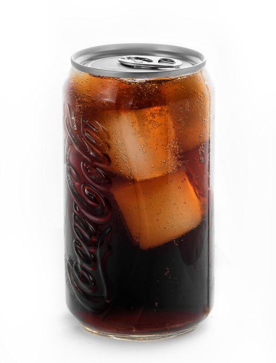 氷が見えるコカ・コーラ