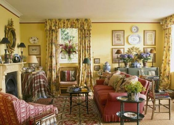 English Living Room Decor (162)