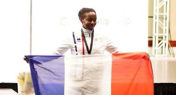Mdaouhoma Djannatie gagne la médaille de bronze dans le Championnat du monde de Pole Sport Junior