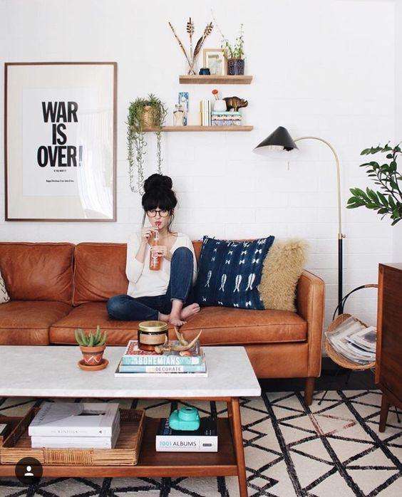 Mua sofa da tphcm để thỏa sức sáng tạo cho thiết kế phòng khách
