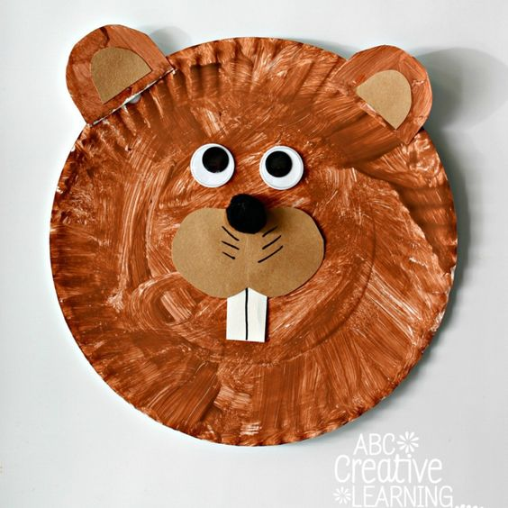 These easy and fun Groundhog Paper Plate Kids Craft are perfect for celebrating winter. Will the groundhog see his shadow this year or will we have a few more weeks of winter?