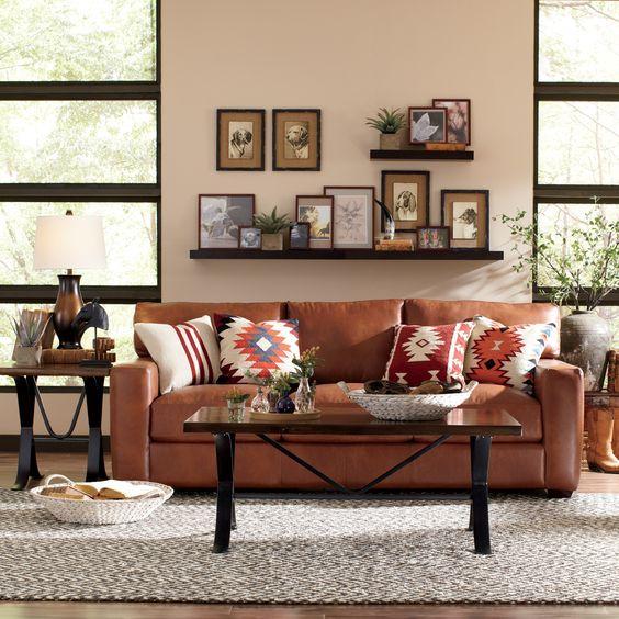 Mua sofa da tphcm và một số sai lầm khi trang trí phòng khách nhà ống
