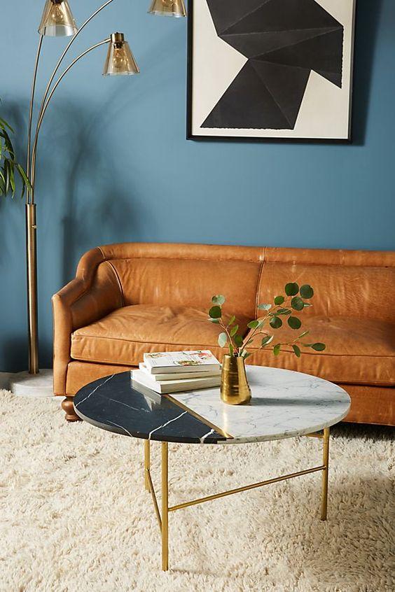 Bài trí sofa da thật tphcm đa sắc màu cho phòng khách