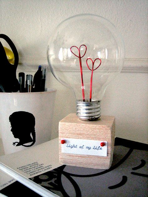 diy project: valentine lightbulb