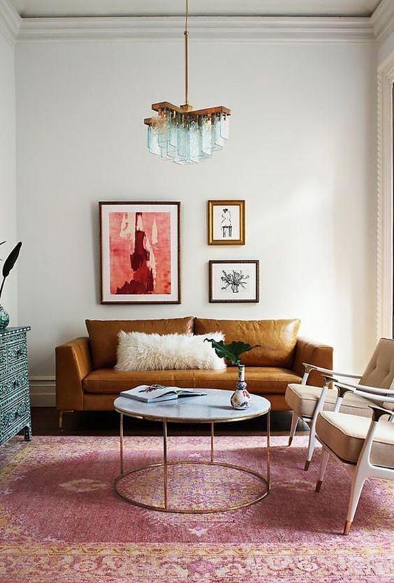 Sự kết hợp mang tính thẩm mỹ cao giữa sofa da thật tphcm và thảm trải sàn