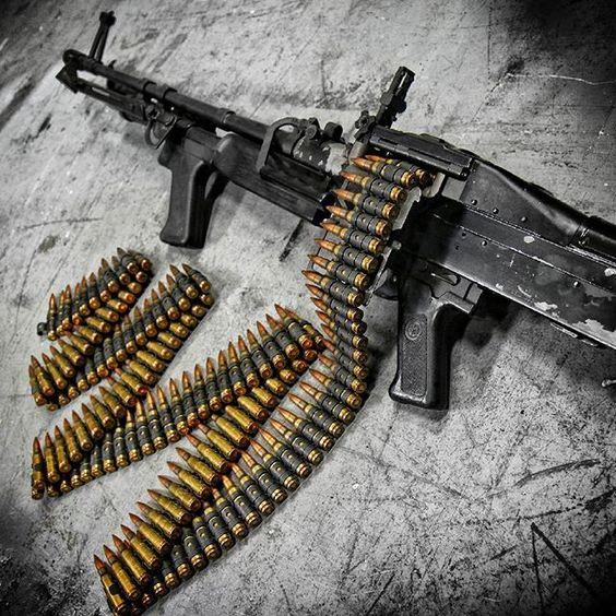The Filthy PIG :) M60 machine gun at @otbfirearms. Pure American Metal. #badass #military #gunporn #beastmode #metalhead