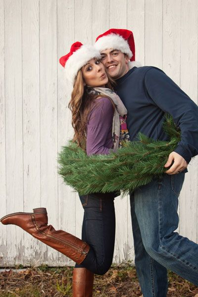 31 Very Merry Christmas Photo Ideas For Couples Today We Date