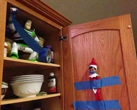 Elf on the Shelf easy ideas, What to do with your Elf, Silly Ideas for your Christmas Elf on the Shelf day 19