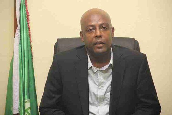 « Amir Abdou doit se montrer patriote et accepter une réduction de son salaire»