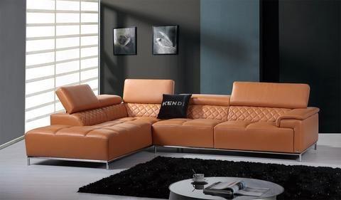 Thiết kế nội thất phòng khách đa phong cách với ghế sofa da tphcm