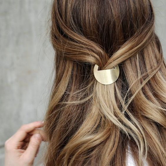 Minimal Circle Hair Accessory | The Charity