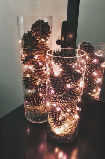 Olá pessoal , tudo bem ? No post de hoje , vou mostrar algumas decorações de natal . No ano passado fiz esse tipo de post aqui , se quiser ver : . Vamos lá?