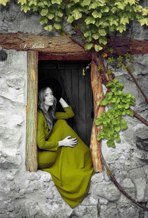 Sabri Budak  Green Color Splash  Portrait Photography #blackandwhiteportraitphotography