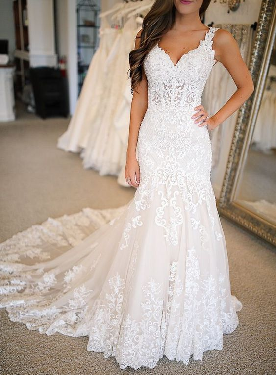 Martina Liana Luxe Vintage Wedding Gown (STYLE 904)