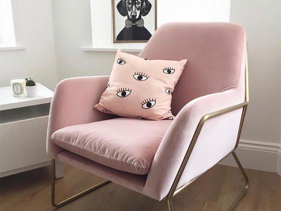 Sillas y sillones de terciopelo, la tendencia más soft