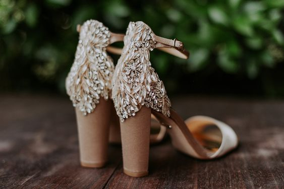 wedding shoes we love #weddingshoes #brideshoes #bridalstyle
