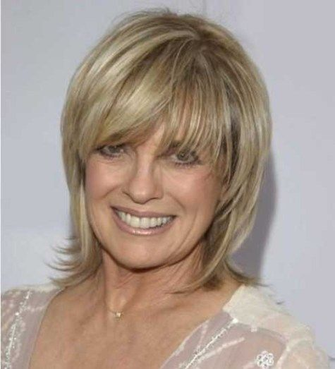 Short-Layered-Straight-Hair Short Haircuts for Older Women 2018-2019