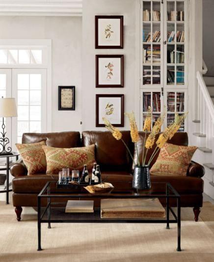 Mua sofa da tphcm để sáng tạo thiết kế phòng khách