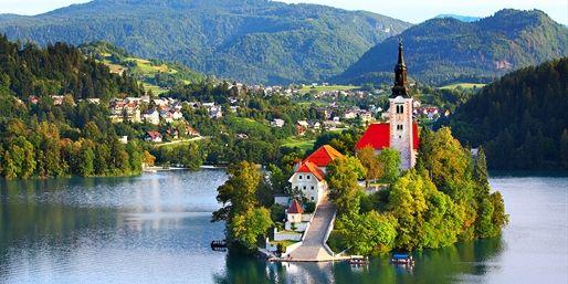 Острів на озері Блед, Словенія