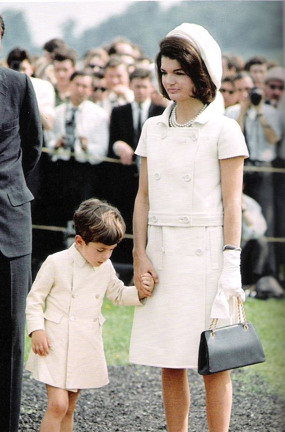 Años-60-historia-de-la-moda-Jackie-Kennedy