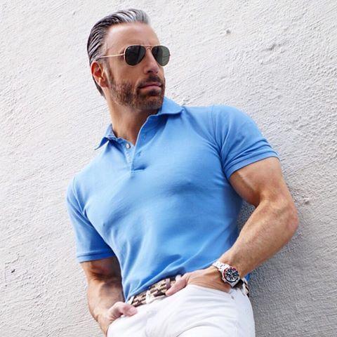 ポロシャツとサングラス