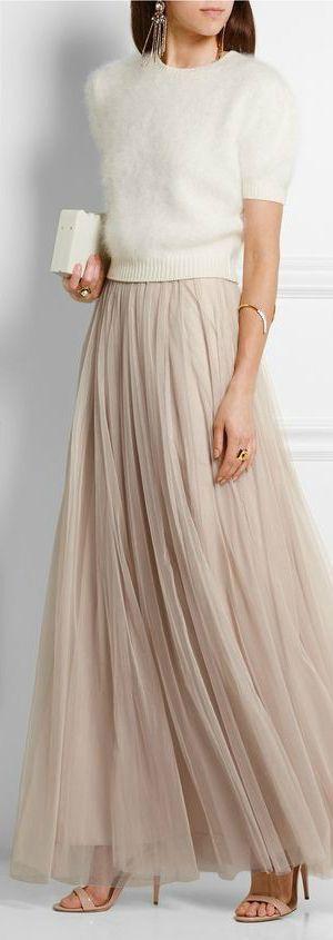 Las faldas de tul se adaptan a looks formales y casuales.