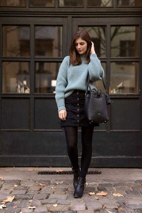 Quienes pensaban que el frío era motivo para dejar de usar faldas, están equivocados. Aunque no lo crean, las faldas o mini faldas son muy utilizadas en esta temporada, sin duda son indispensables para un look increíble de otoño.
